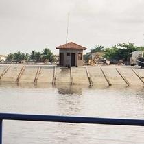 Rampa em concreto armado - Obras Portuárias Belov
