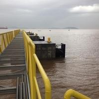 Dolfins para barcaças - Obras Portuárias Belov