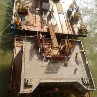 Construção de dolfins para navios - Belov
