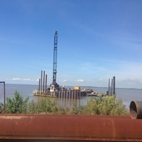 Contenção sobmarina em estaca prancha - Obras Portuárias Belov