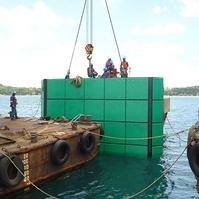 Montagem de defensas para navios - Obras Portuárias Belov