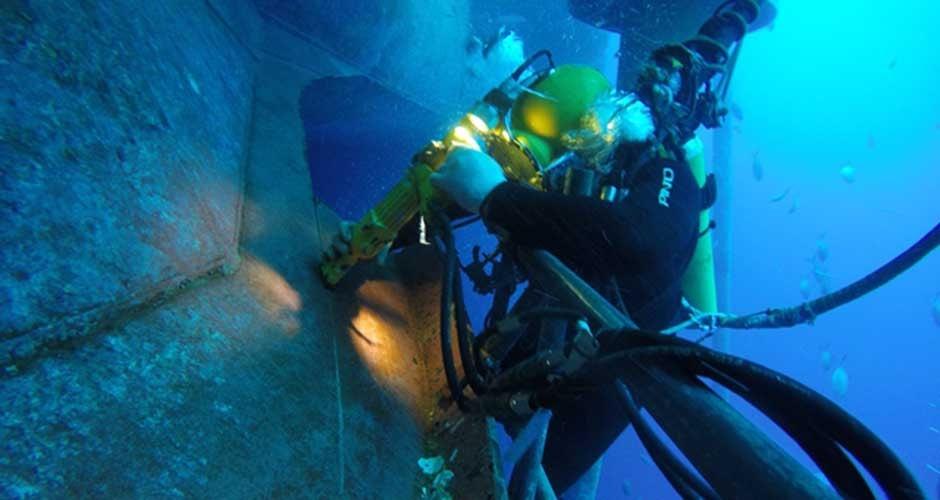 Execução de Cortes Submersos à Frio e à Quente