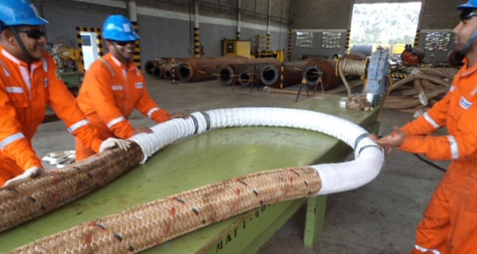 Manutenção de Cabos Navais