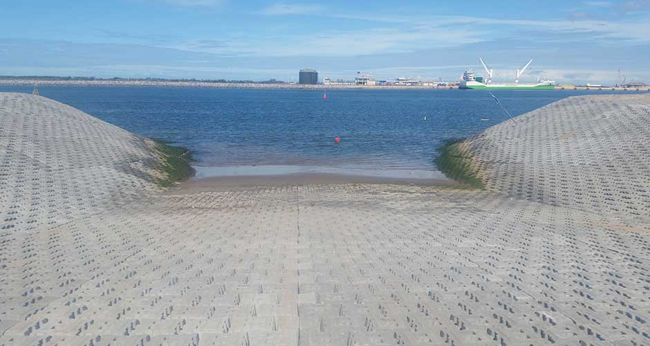 Ramps For Vessels And Slipways